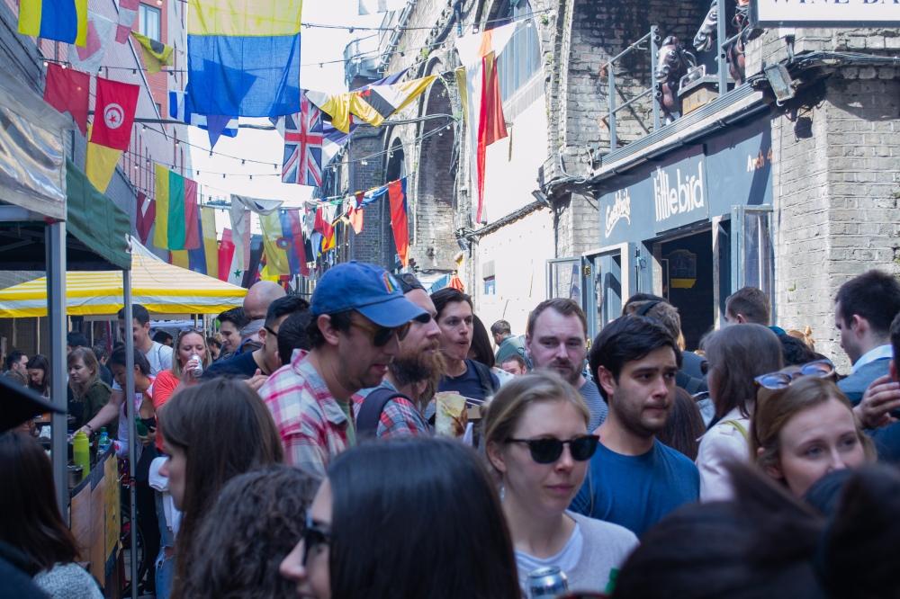 Maltby Street - Crowds